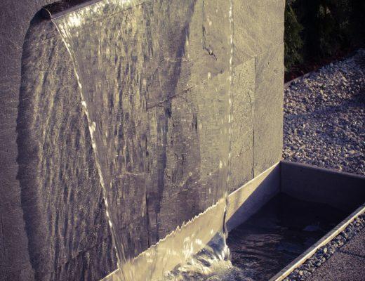 ściana wodna w ogrodzie, kaskada, agnieszkagertnerblog, Agnieszka Gertner, projektowanie ogrodów